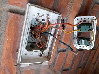 Sửa mất điện,chạm chập điện tại quận 2 nhanh nhất